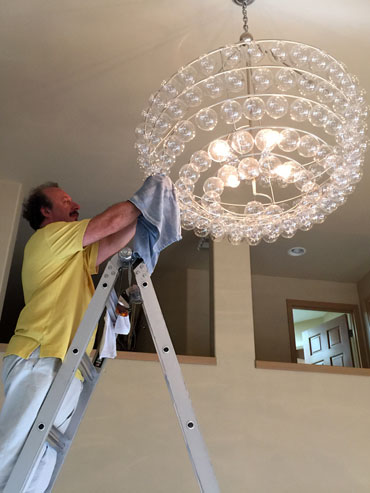 chandelier cleaning redmond wa